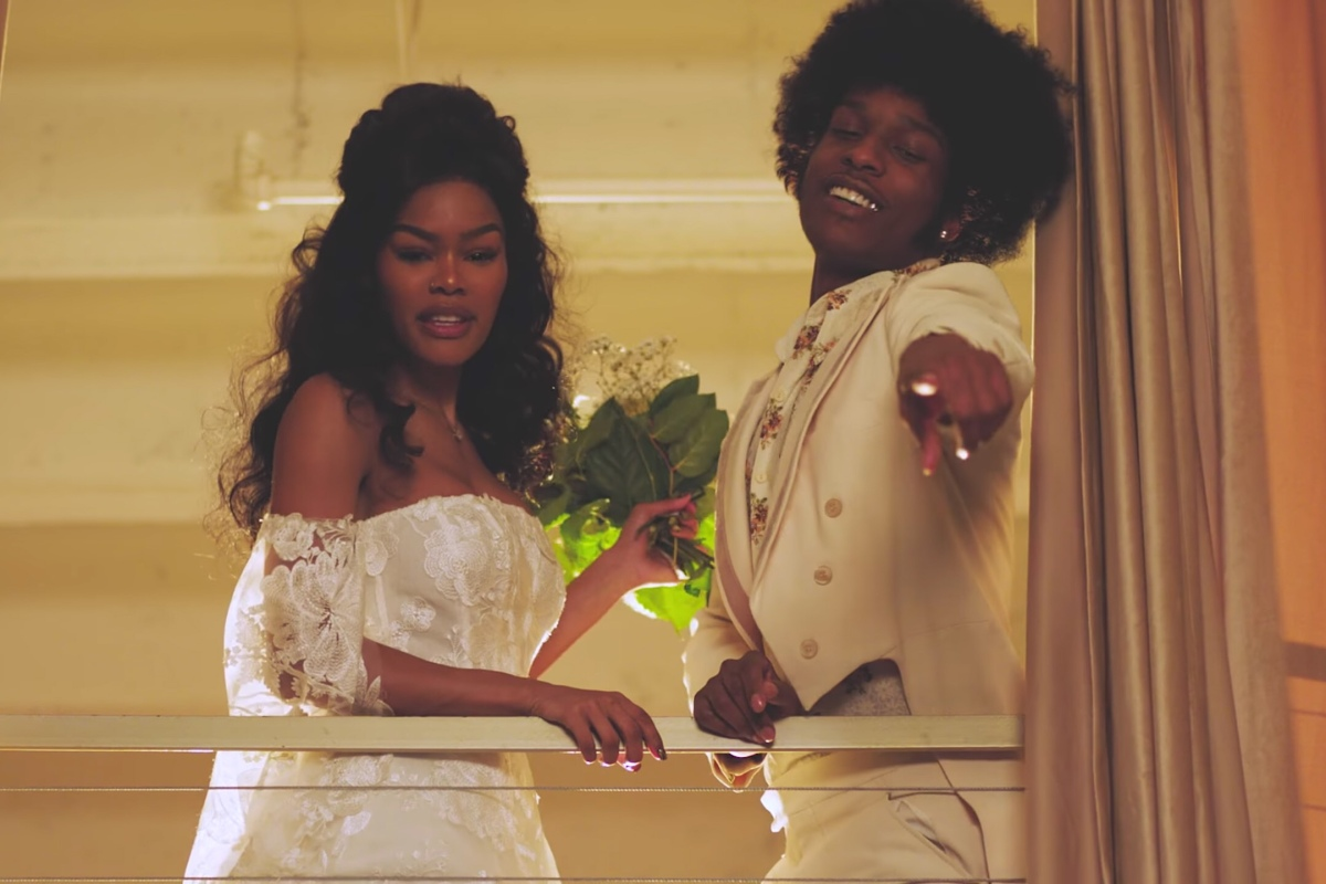 """Issues/Hold On"" Teyana Taylor [Music Video]"